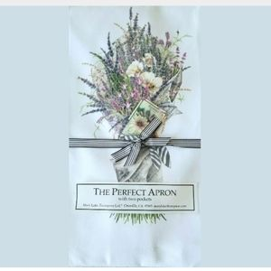 Mary Lake Thompson The Perfect Apron Floral Mixed